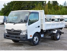 【高年式】 TKG-デュトロ 新明和製ローダーダンプ ラジコン付き 3.7t積載 低走行2.5万㎞ 6MT